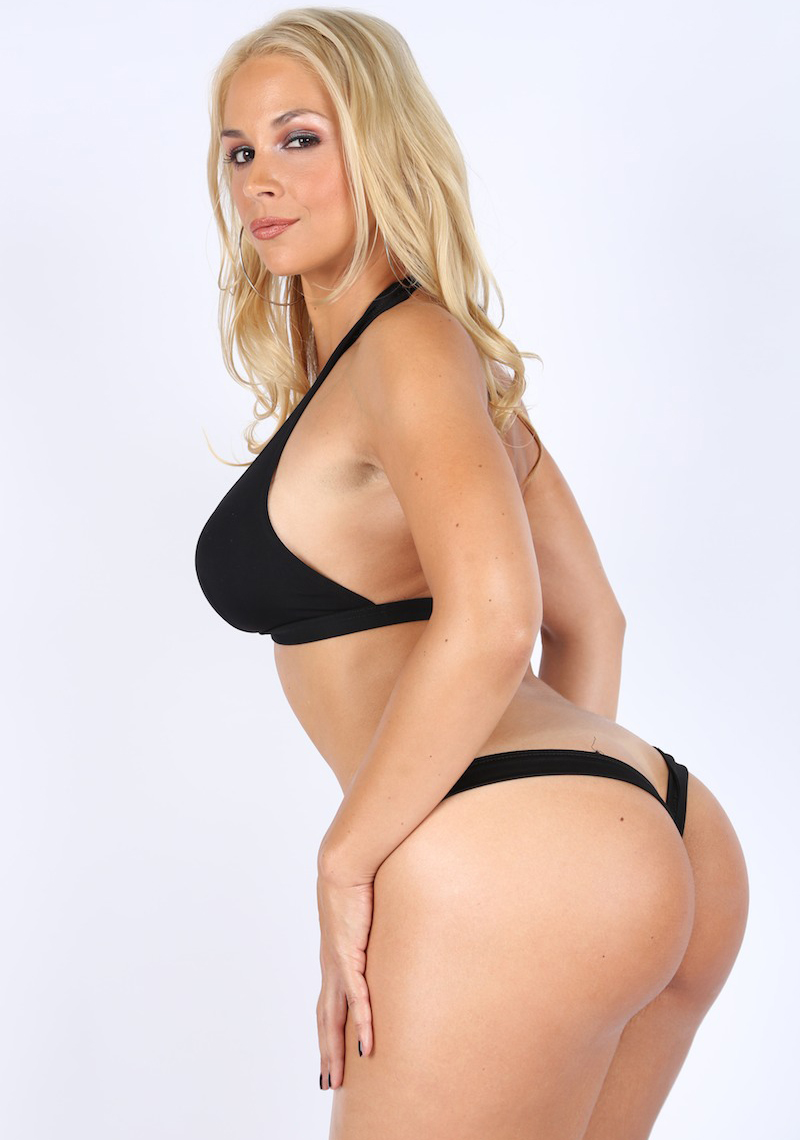 Porn star MILF Sarah Vandella, #MyAss Volume 2, MimeFreak
