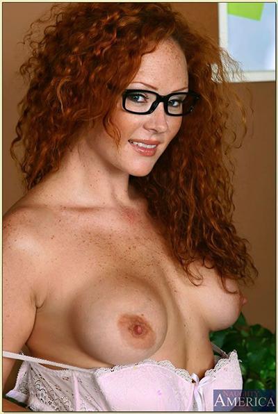 Audrey Hollander Porn - Text porn star Audrey Hollander this holiday season • Hush ...