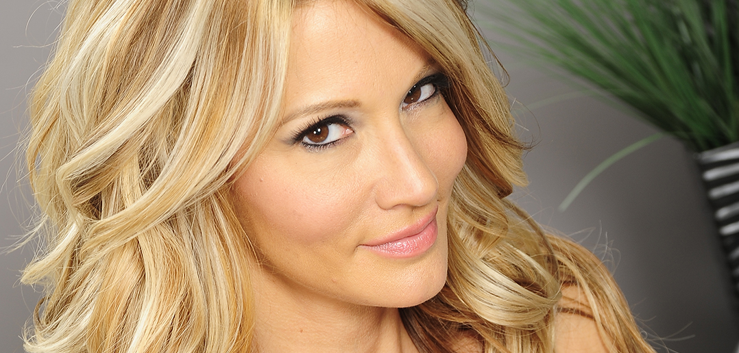 Jessica Drake recognized at AVN Awards
