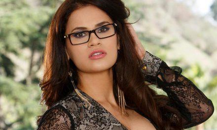 Vanessa Veracruz releases 1st anal scene
