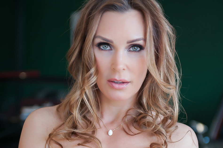 Text MILF Tanya Tate via Sext Panther