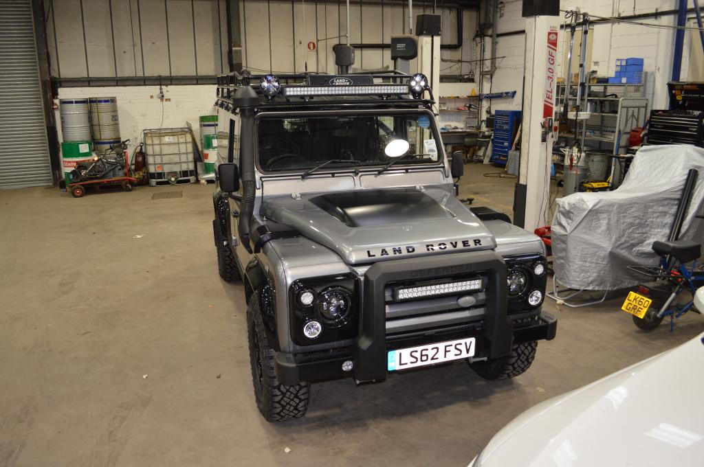Defender2 view topic led driving lamps with an svx grill or net view topic led driving lamps with an svx grill or with a light bar aloadofball Choice Image