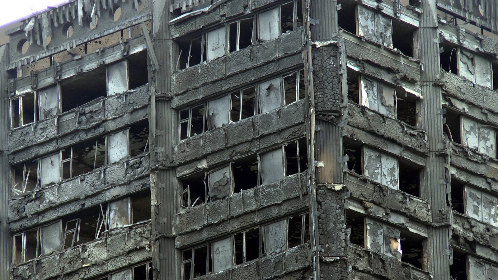 Human rights commission launches its own Grenfell inquiry