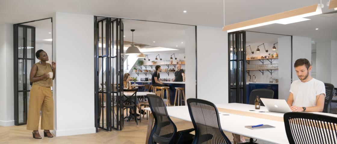 Studios-Architecture-Airbnb-Paris-22_3360x1440_acf_cropped