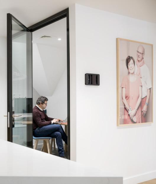 Studios-Architecture-Airbnb-Paris-16_1584x1863_acf_cropped