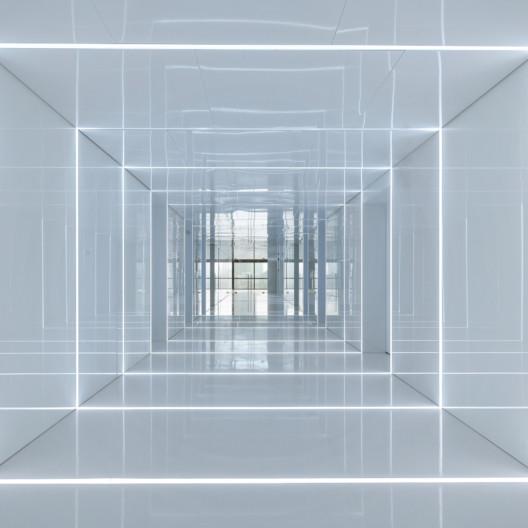 SOHO Glass House, AIM Architecture