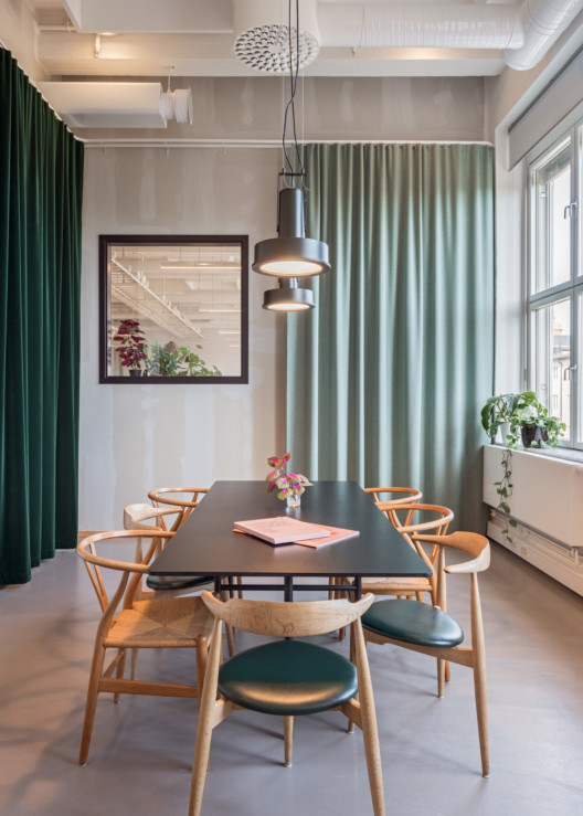 KjellanderSjoberg_KS-Studio_Conference-room_1584x2217_acf_cropped