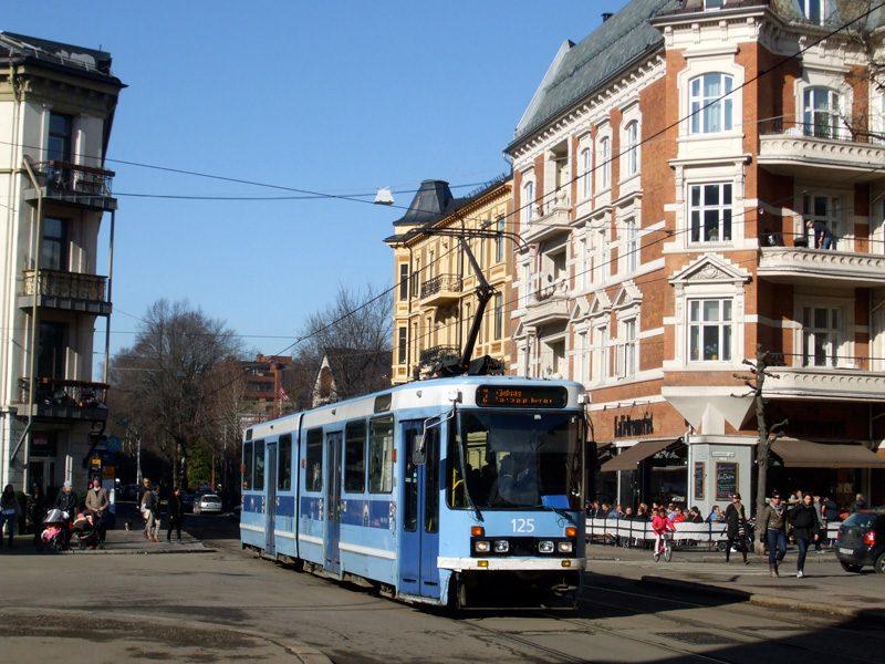 An Oslo tram in Frogner