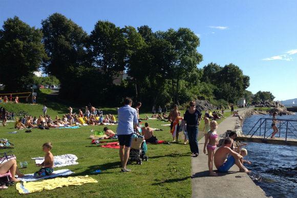 Fun in the sun at Drøbak