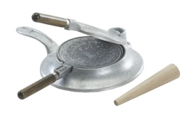 Norwegian krumkake iron