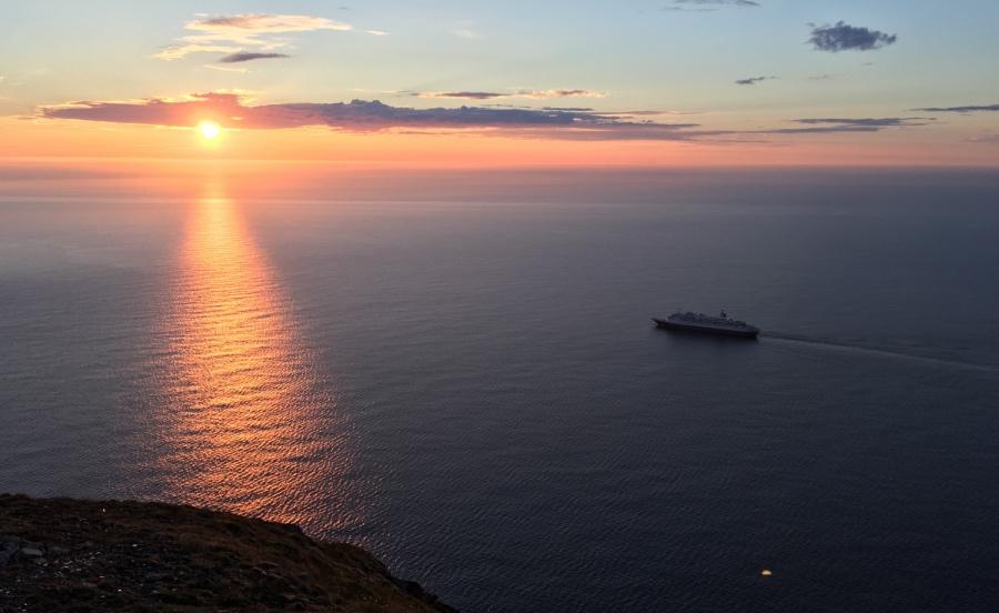 Midnight sun at Nordkapp