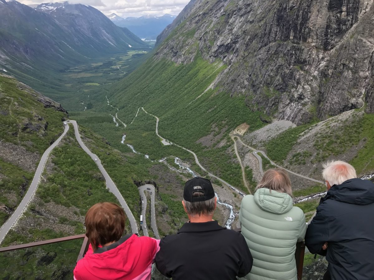 Trollstigen photo