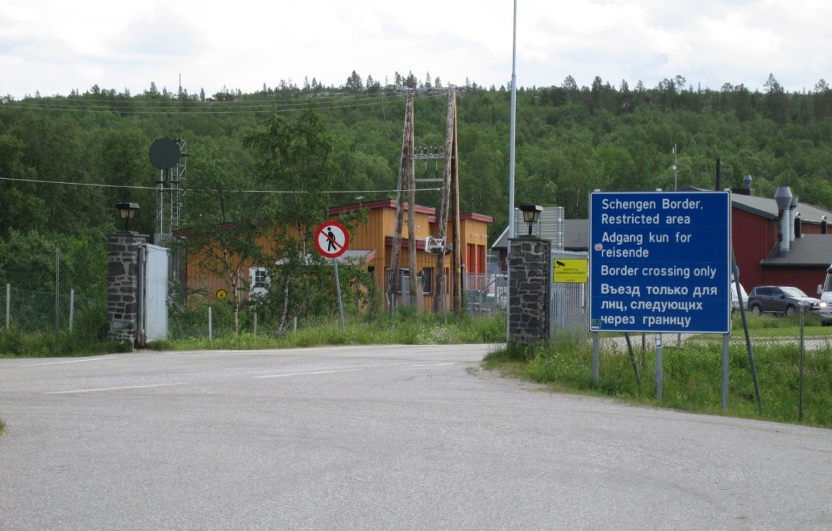 Norway Russia border checkpoint