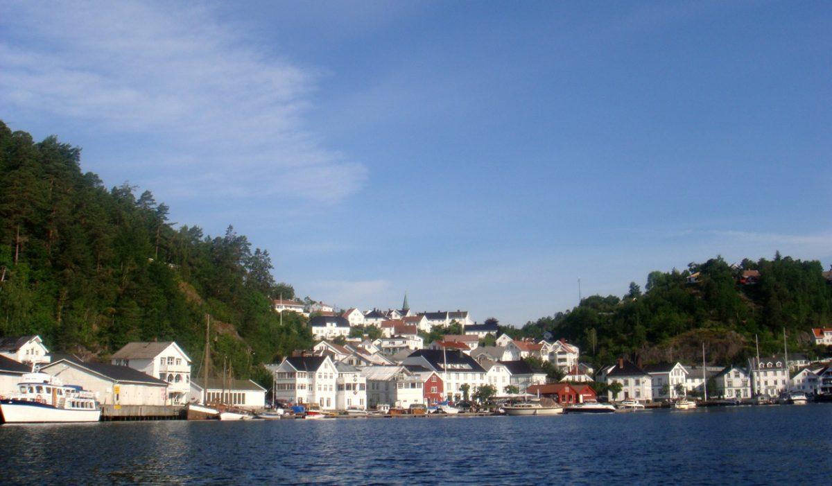 Tvedestrand coastline