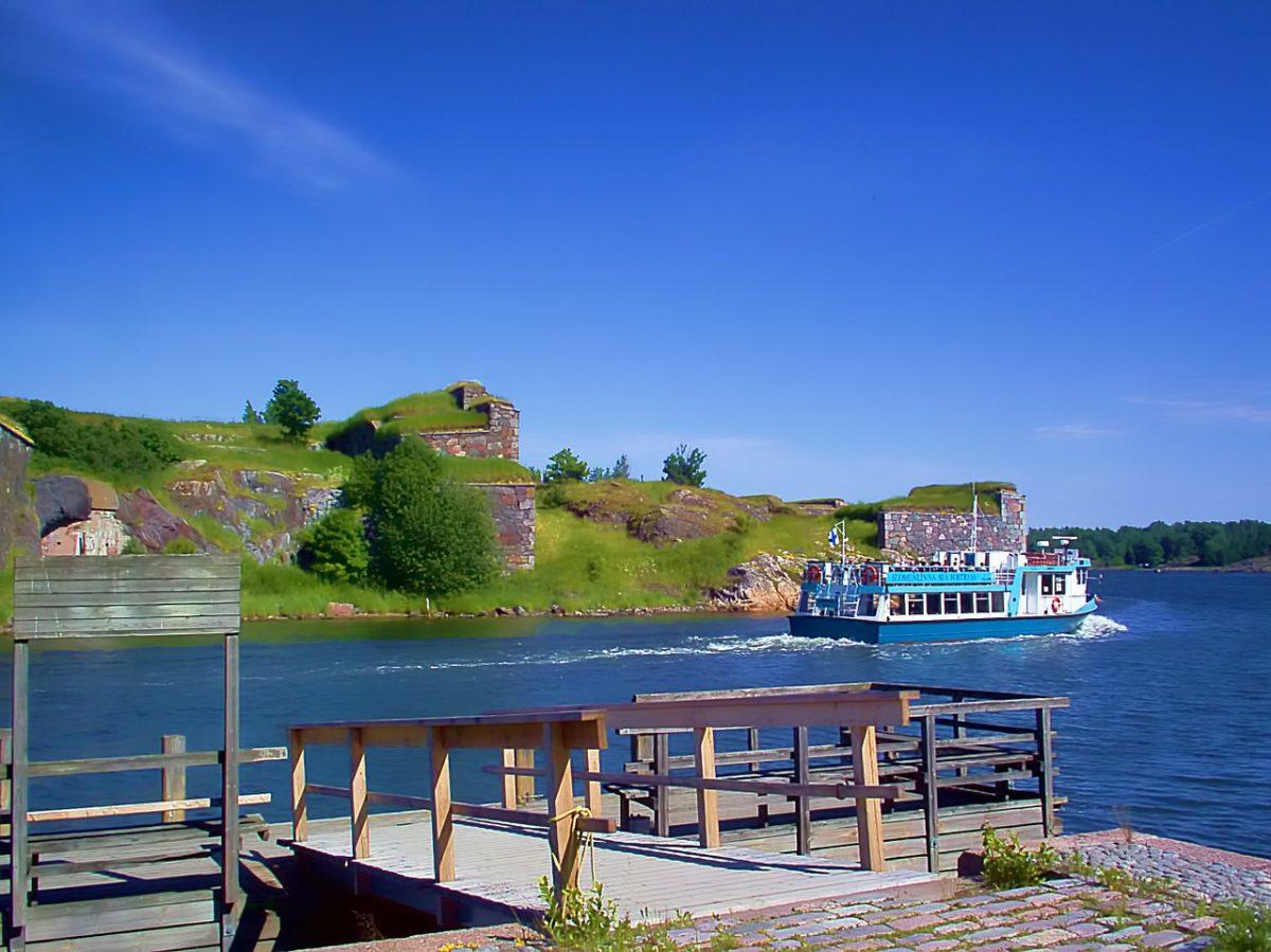 A water bus in the Helsinki archipelago