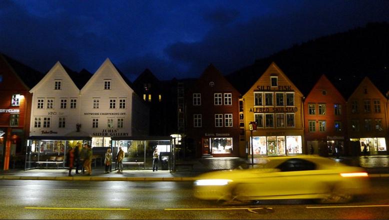 Bryggen at night