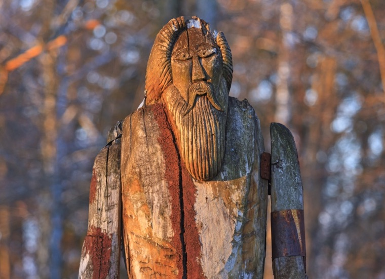 Wooden status of Norse God Odin