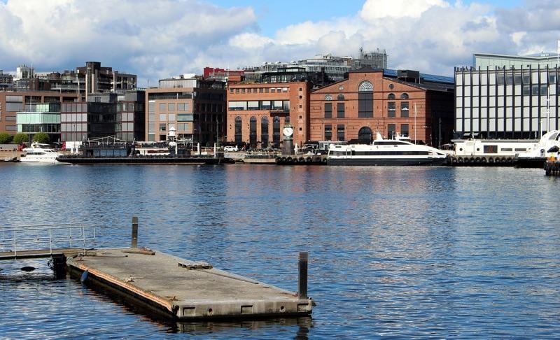Shopping in Aker Brygge, Oslo
