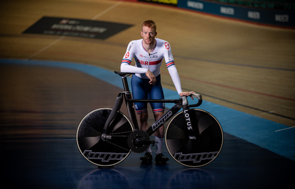 Ed Clancy and the Hope Lotus track bike