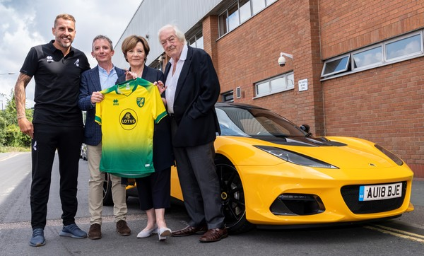 Norwich City Football Club and Lotus announce a new partnership. Pictured (L-R) are Darren Huckerby, Norwich City Football Club ambassador and former player; Simon Clare, Executive Director, Global Marketing, Lotus; Delia Smith and Michael Wynn-Jones, majority shareholders, Norwich City Football Club.
