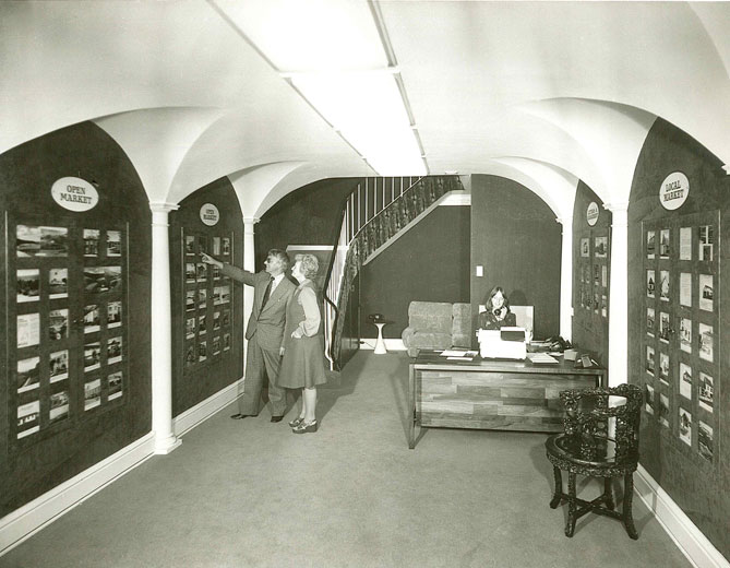 Lovells Property Showroom c.1970