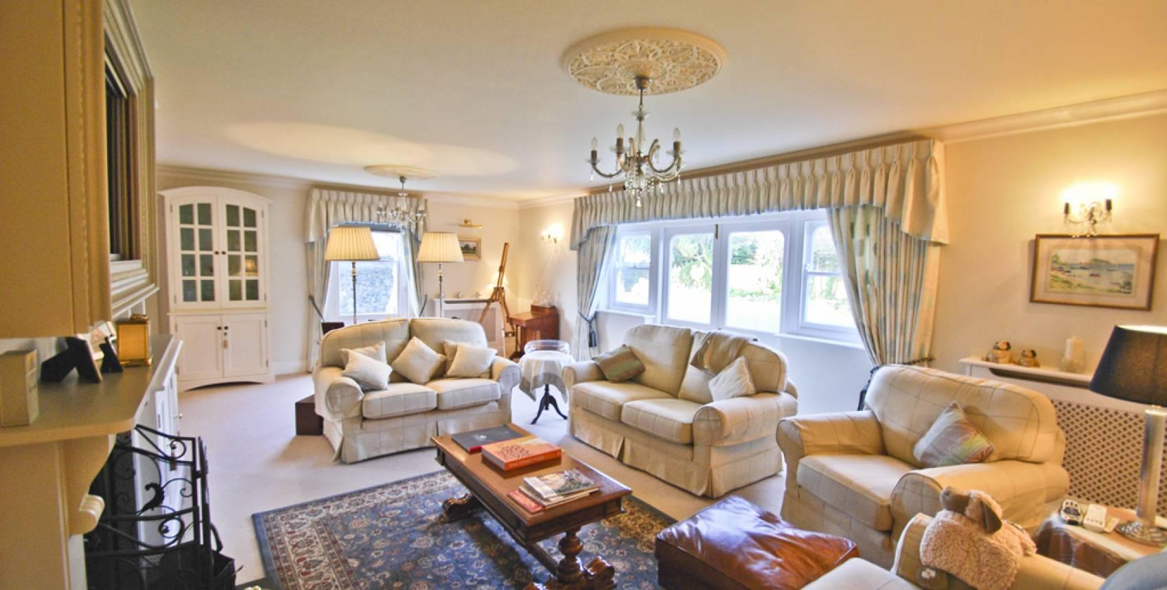 100 livingroom estate agent guernsey under one roof august 19 great livingroom estate agent - Living room estate agents guernsey local market ...