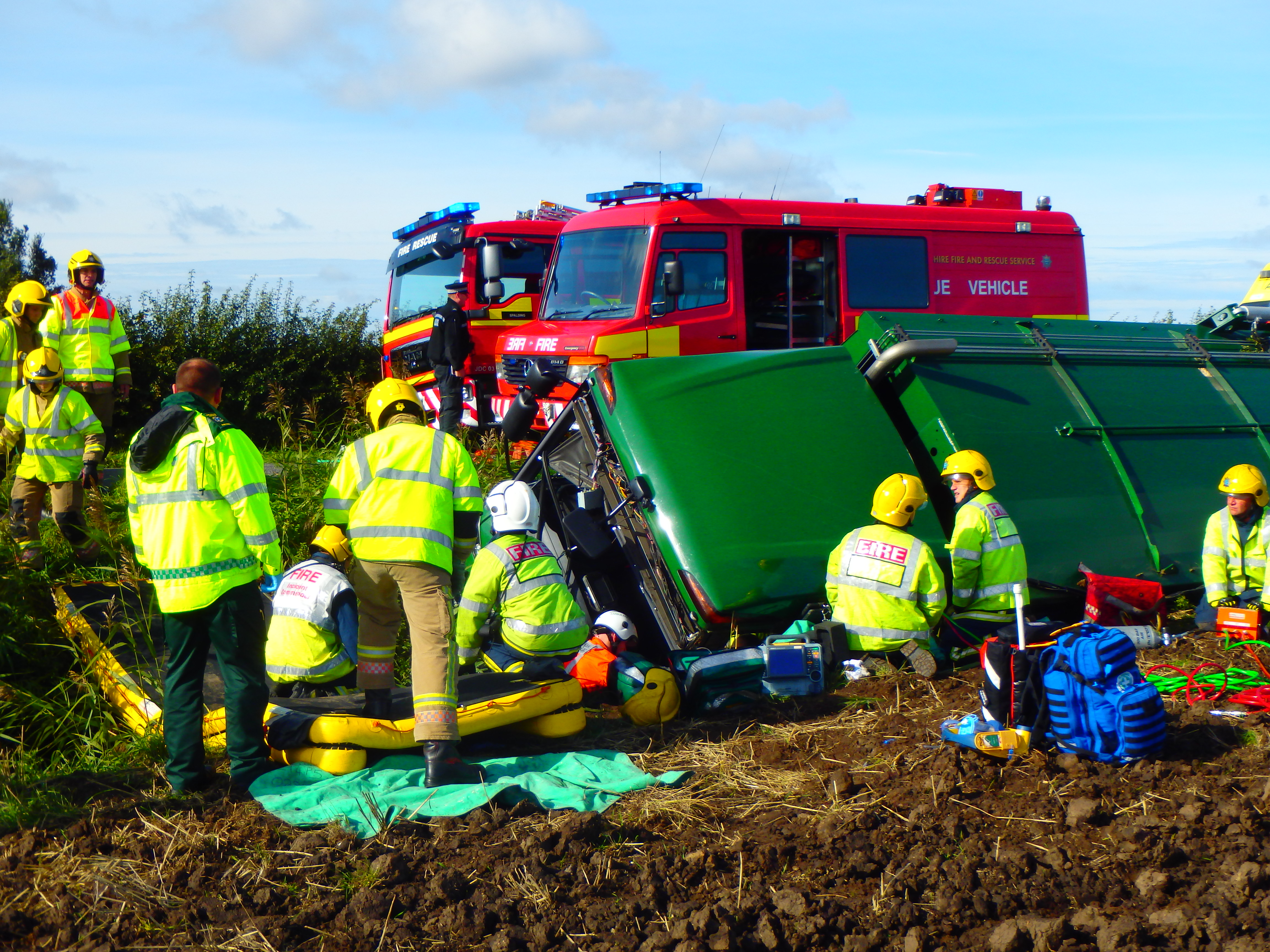 23rd-September---Crowland-bin-lorry-collision.JPG
