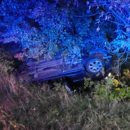 2nd-October---A141-nr-Wyton-call-rolls-into-ditch.jpg