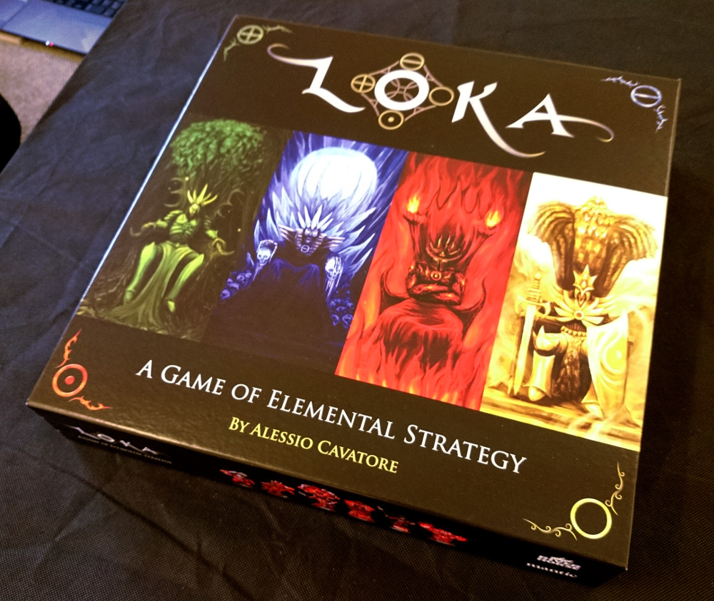 First up, it's worth mentioning the box. River Horse have done a great job with this, and it would look perfectly at home on any board game shelf!