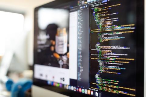 Website Code on Dual Screen