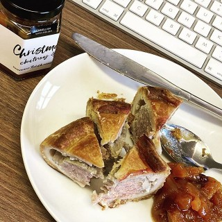 Working lunch in the office today with added embellishments #embellishwithrelish