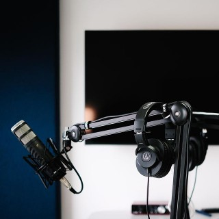 Have you ever wanted to start a business podcast?We'll be opening the doors to hire out our new podcast studio when social distancing allows us, so if you're interested in learning more, join our mailing list at https://podpod.co or read the blog post at https://adigital.agency/blog.