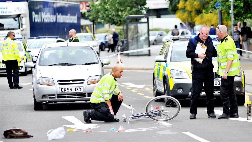 Cyclist hit by cab door died when drunk ran him over | Metro