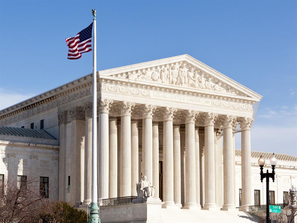 Supreme Court partially reinstates Trump travel ban, will hear arguments