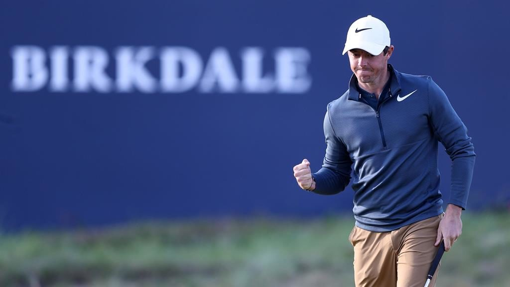 Spieth in tie for lead at British Open as rivals trail
