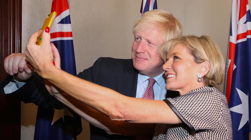 'Dear friend': Julie Bishop takes a selfie with Boris Johnson PIC: REUTERS