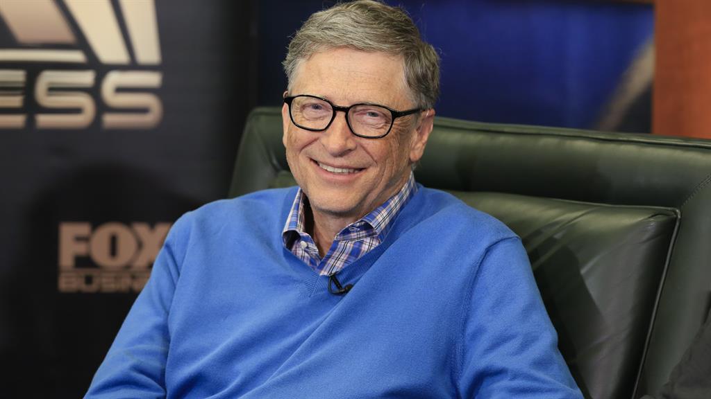 """Một thành viên của Quốc hội Ý đã kêu gọi bắt giữ Bill Gates như một """"tội phạm vắc-xin"""", và cáo buộc điều ông ta làm chính là tội ác chống lại loài người"""