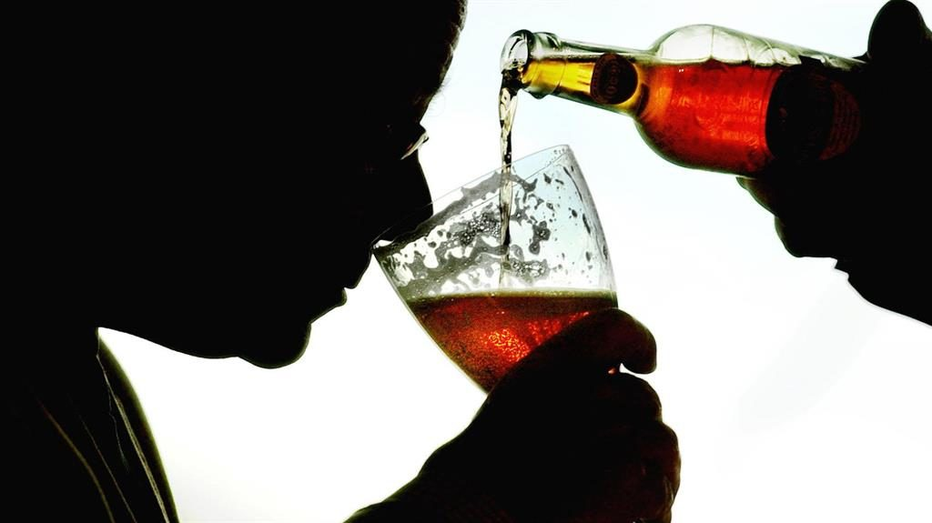 More baby boomers using alcohol and drugs 'to cope'