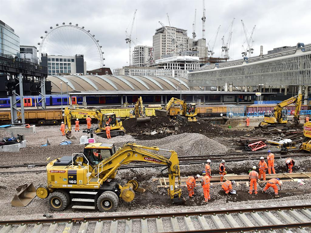 United Kingdom set for train chaos as key rail stations close for works