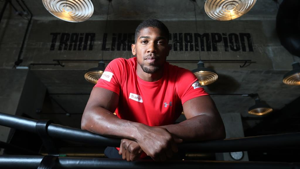 Anthony Joshua to fight Kubrat Pulev October 28