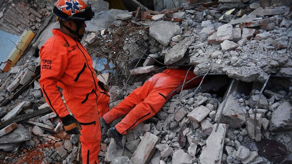 Mexico Mourns Victims Of Deadly Earthquake, Braces For Reconstruction