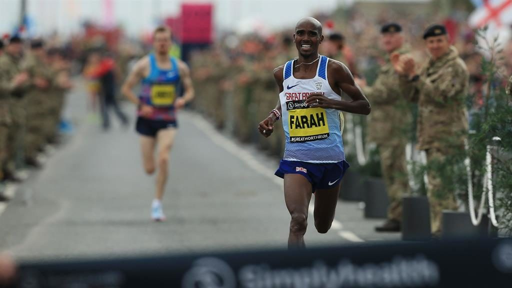 Great North Run 2017: Mo Farah wins race for fourth time