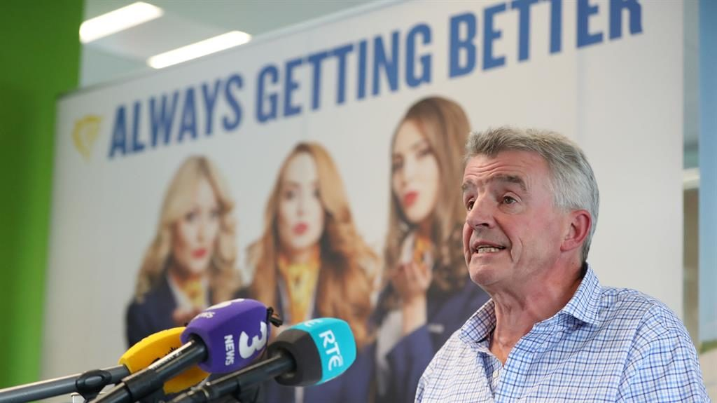 Ryanair cancels hundreds of flights after 'messing up pilot holidays'