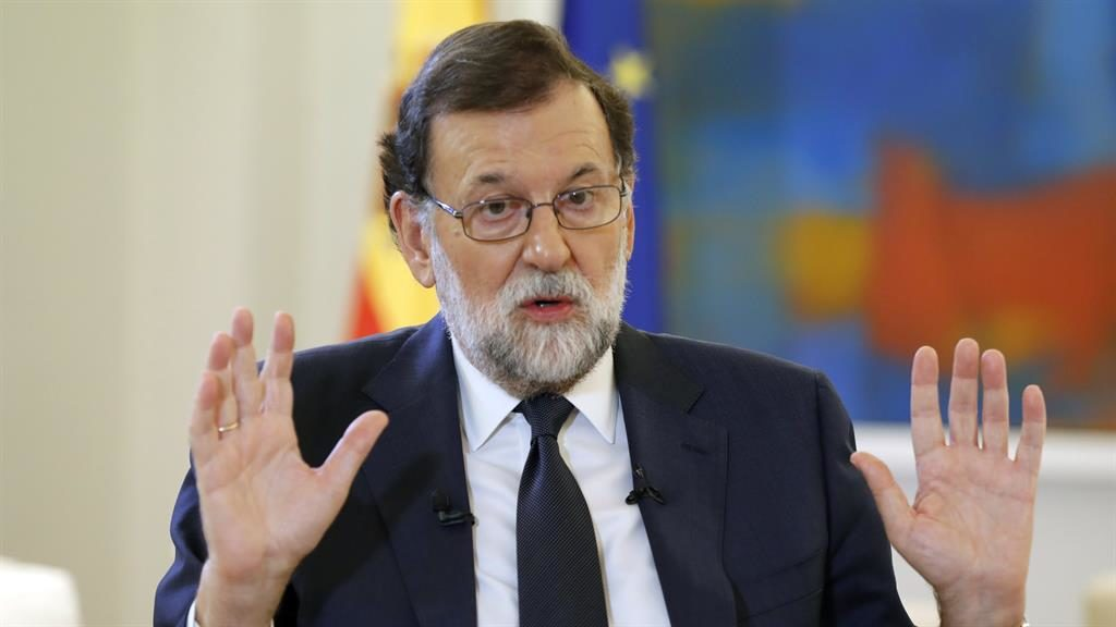 Spain: PM Mariano Rajoy threatens Catalonia's autonomy