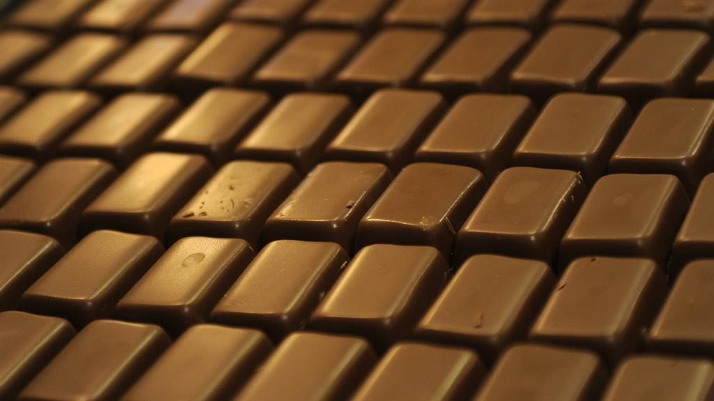 Hospitals ban super-size chocolate bars in bid to tackle obesity crisis