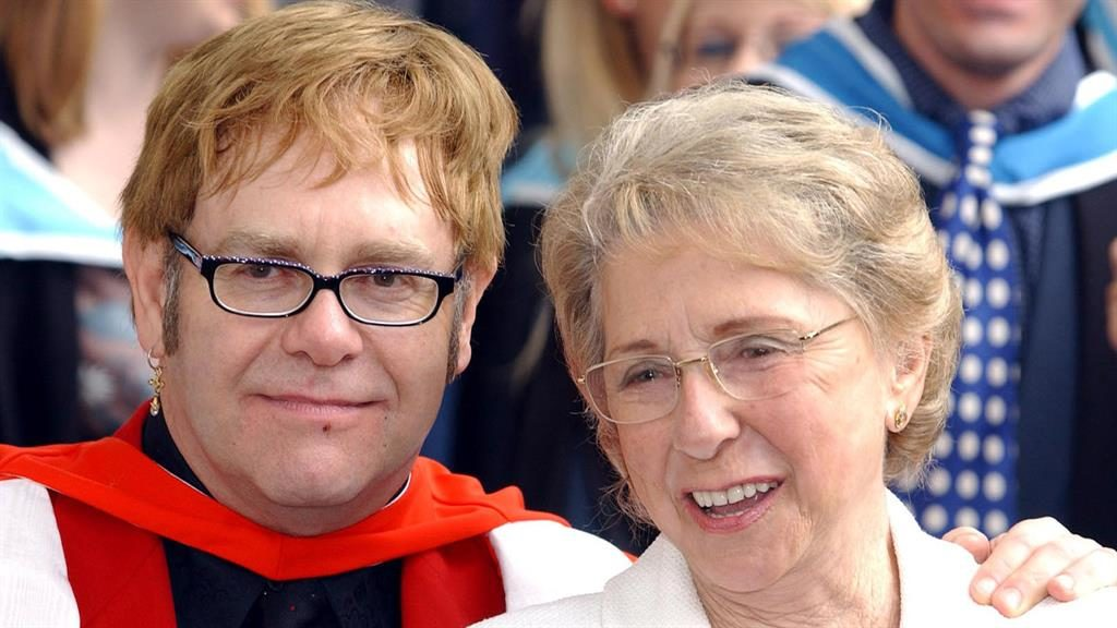 Elton John in 'shock' over mother's death