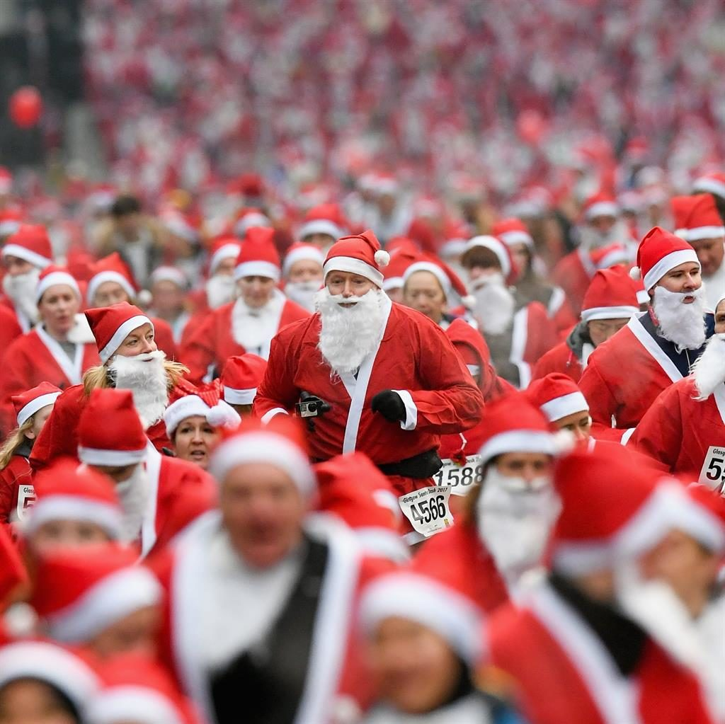 Thousands of Santas set to turn Glasgow red and white