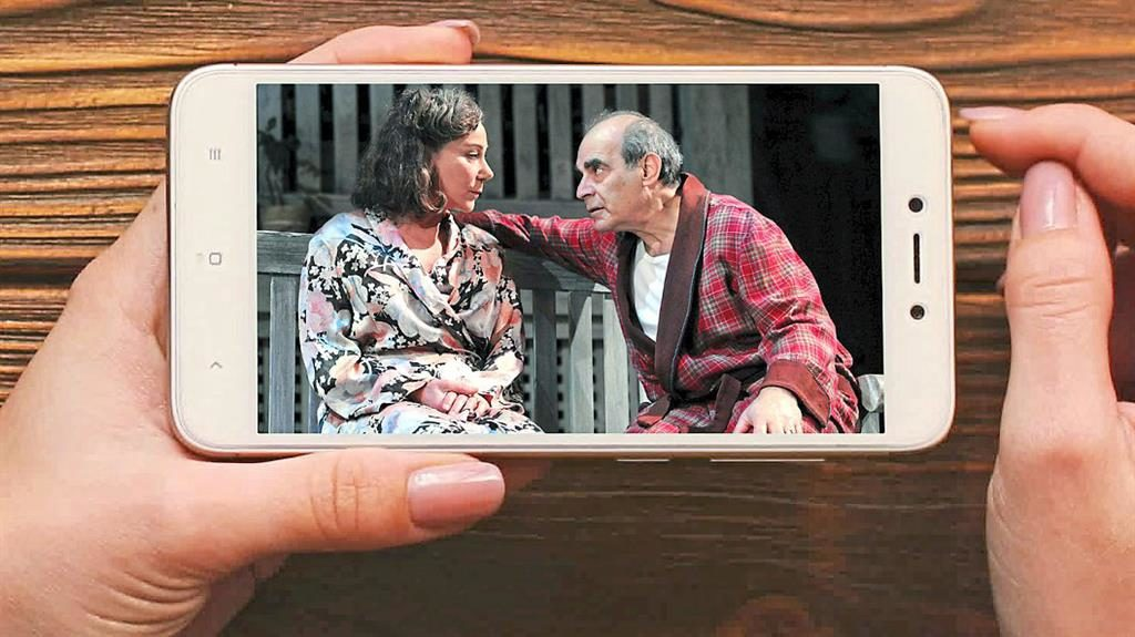 Best seat in the house: Zoe Wanamaker and David Suchet in All My Sons