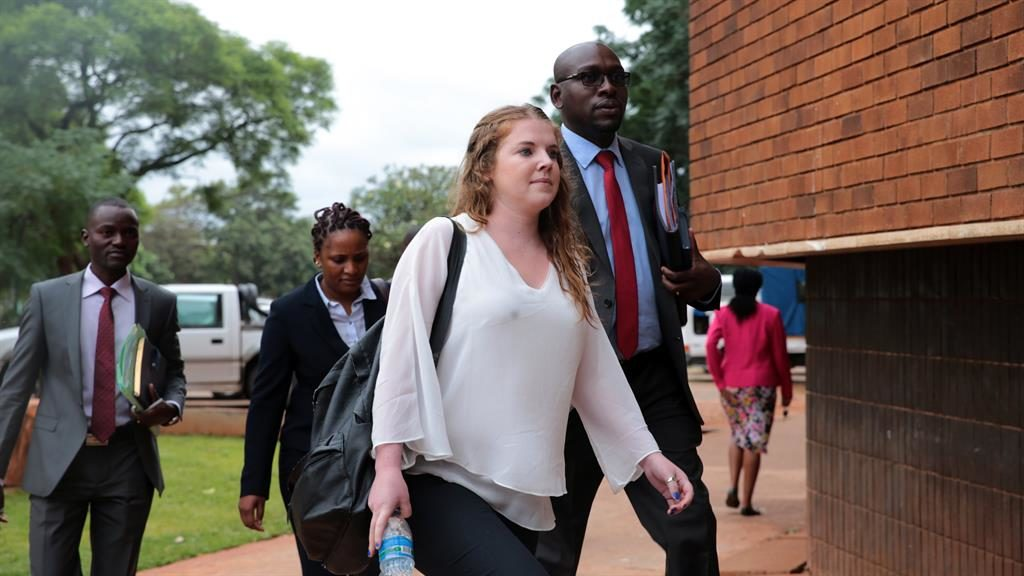 Zimbabwe court dismisses case against journalist charged with insulting Mugabe on twitter