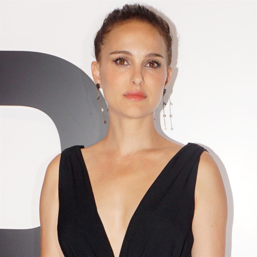 Natalie Portman Shades 2018 Golden Globes for 'All Male' Best Director Nominees